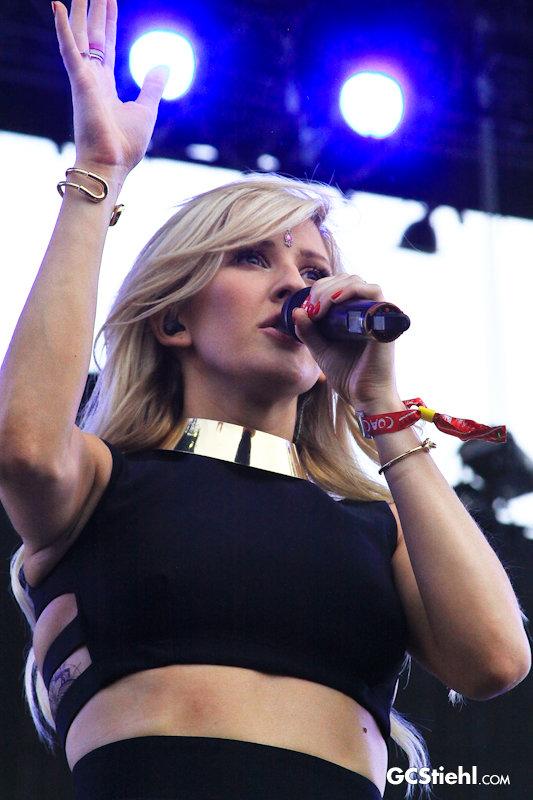 Ellie Goulding 0738 800 Wm
